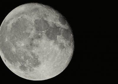 Mond am 17.10.2016