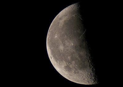 Mond im letzten Viertel